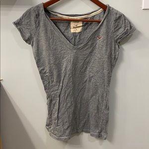 Vneck Hollister t-shirt